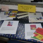 Tavolo con libri e riviste